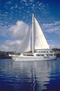 naia_sailing2